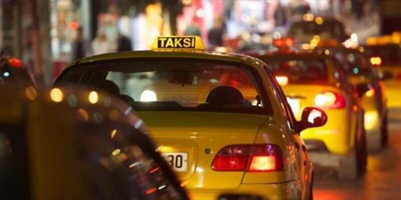 Sokağa çıkma yasağında taksiler çalışıyor mu, taksilere binmek yasak mı?