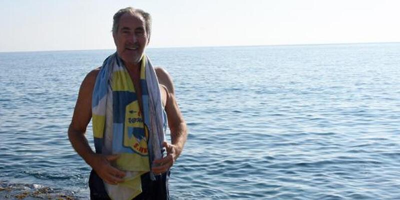 Eski Bakan Günay'ın deniz keyfi
