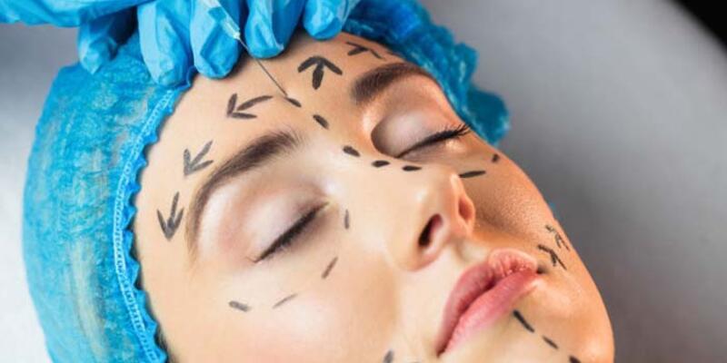 Maskelerin yüzde kapatamadığı bölgelere estetik talebi arttı