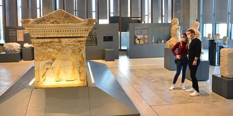 Sanal müzeleri 11,5 milyon ziyaretçi gezdi