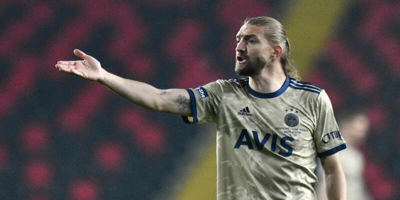 Fenerbahçe son dakika haberleri: Erol Bulut'tan Caner Erkin'e yeni görev