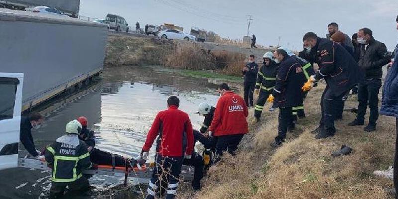 TIR sulama kanala uçtu: 1 ölü