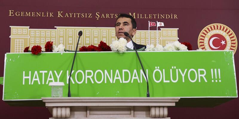 CHP'li vekil Meclis'te tabutla basın açıklaması yaparak, salgına dikkat çekti