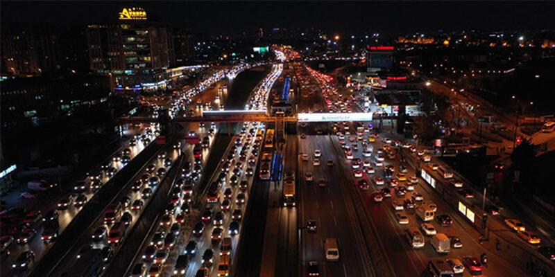 Son dakika haberi... İstanbul'da trafik kilit!