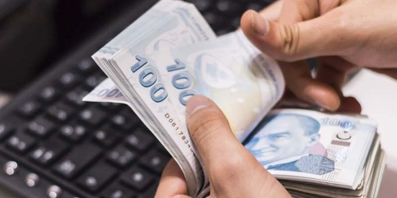 SON DAKİKA: Memur emeklilerinin maaşları kısıtlamadan önce ödenecek
