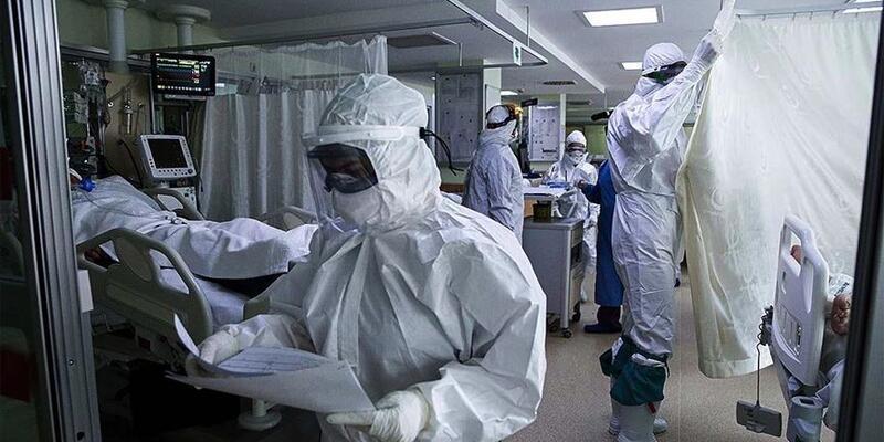 Koronavirüs hastası peçeteye yazdığı notla sağlık çalışanlarına teşekkür etti