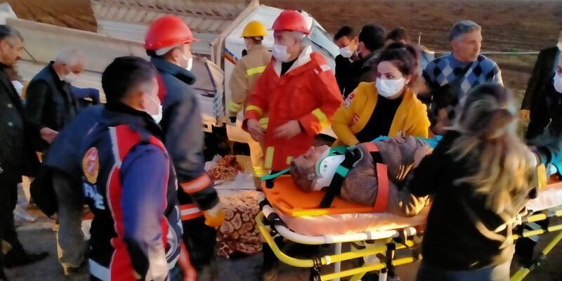 İşçileri taşıyan kamyonet devrildi: Çok sayıda yaralı var