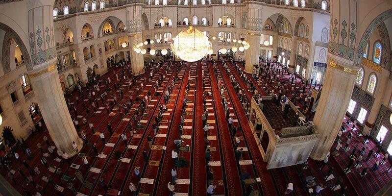 1 Ocak 2021 Cuma namazı kaçta? İstanbul, Ankara, İzmir Cuma saatleri  Bugün Cuma namazı var mı?