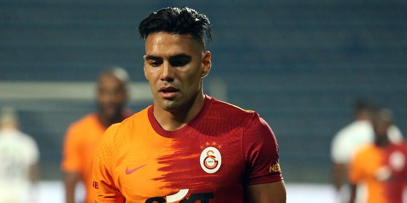 Son dakika... Galatasaray'da Falcao sakatlandı!