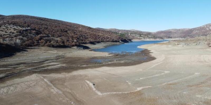 Tokat'ta gölet ve derelerin su seviyeleri azaldı