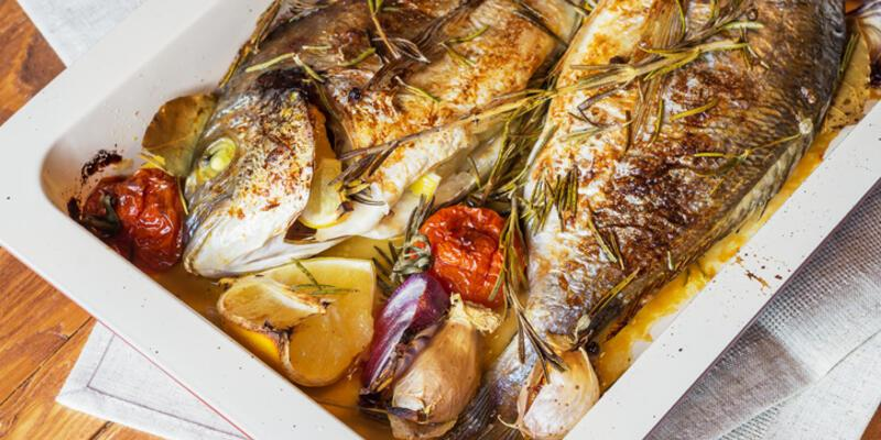 Fırında Balık Tarifi: Balık Fırında Nasıl Yapılır? Fırında Nasıl Kaç Derecede Pişer? En Güzel Balık Yapımı