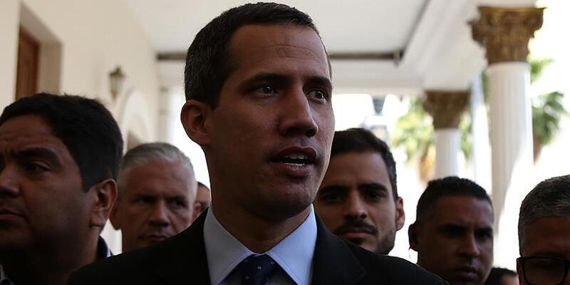 """ABD, Venezuela'da muhalif lider Guaido'yu """"meşru devlet başkanı"""" olarak tanımayı sürdürdüğünü açıkladı"""