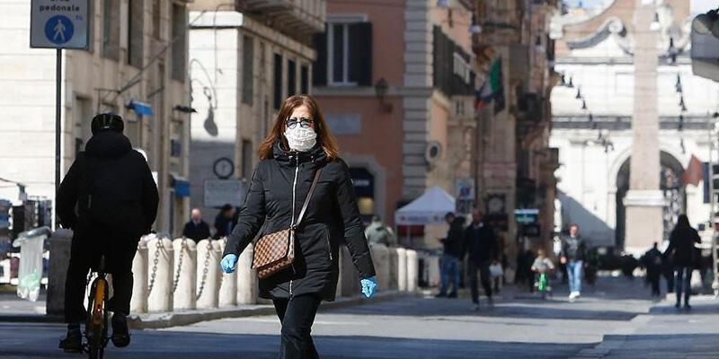 İtalya'da son 24 saatte Kovid-19'dan 548 kişi hayatını kaybetti