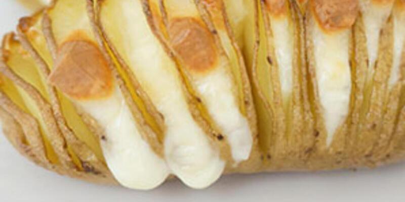 Fırında Kaşarlı Patates Tarifi: Kaşarlı Patates Fırında Nasıl Yapılır? Fırında Nasıl Kaç Derecede Pişer? En Güzel Kaşarlı Patates Yapımı
