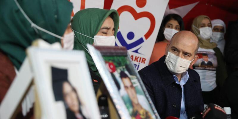 İçişleri Bakanı Süleyman Soylu, Diyarbakır annelerini ziyaret etti