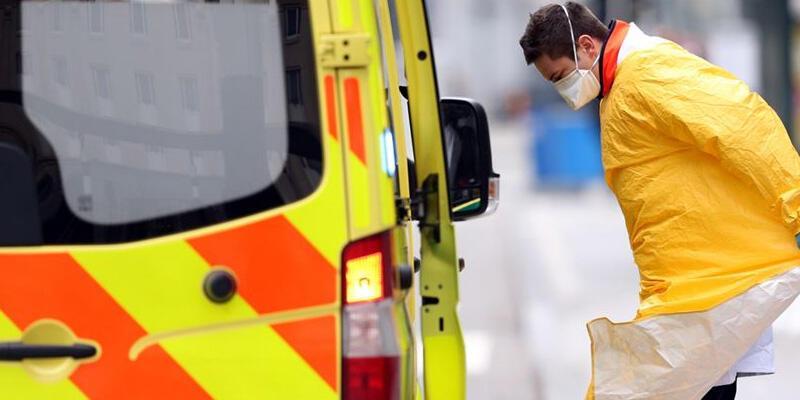 Belçika'da koronavirüslü kişi polislere tükürünce 24 polis karantinaya alındı