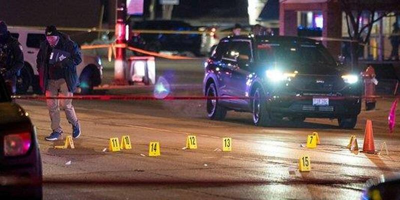 ABD'nin Chicago kentinde silahlı saldırgan 5 kişiyi öldürdü, 2 kişiyi yaraladı