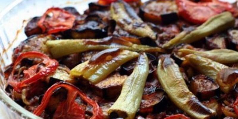Fırında Patlıcan Musakka Tarifi: Patlıcan Musakka Fırında Nasıl Yapılır? Fırında Nasıl Kaç Derecede Pişer? En Güzel Patlıcan Musakka Yapımı