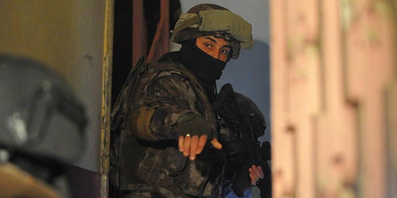 3 ilde FETÖ operasyonu: 16 gözaltı