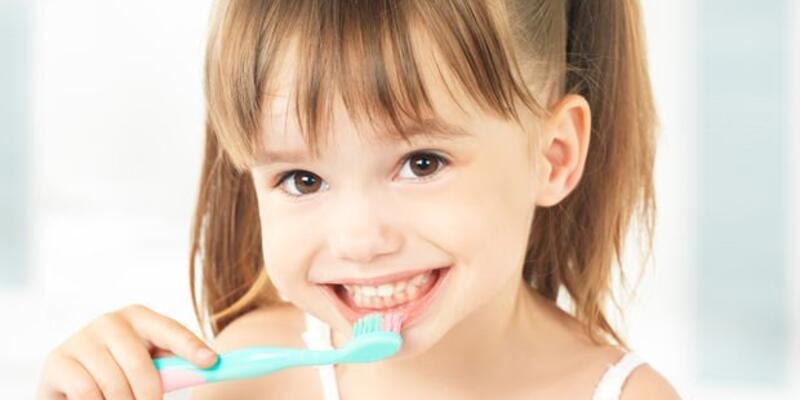 Çocuklarda günlük diş bakımı nasıl olmalı?