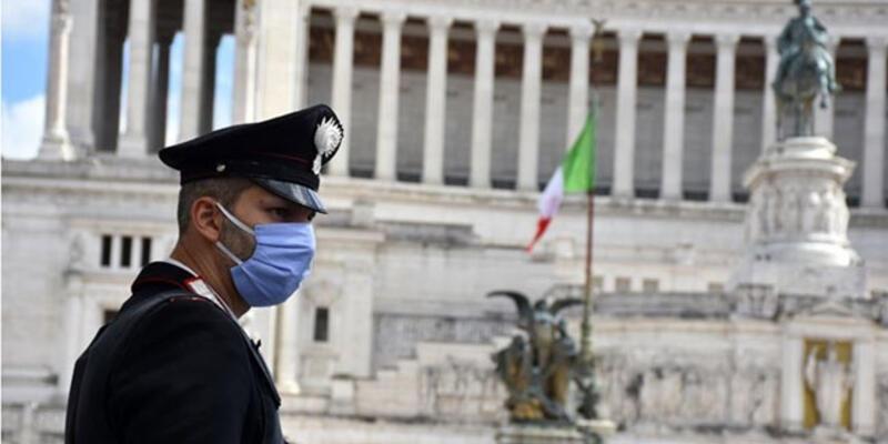 İtalya'da OHAL 30 Nisan'a uzatıldı