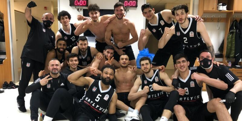 Günün ilk derbisini Beşiktaş kazandı