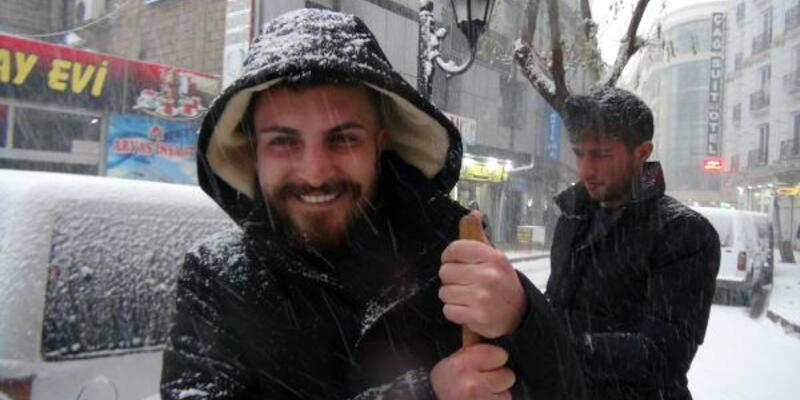 Van'da kar yağışı şiddetini artırdı