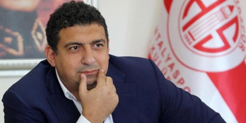 Ali Şafak Öztürk istifa etti
