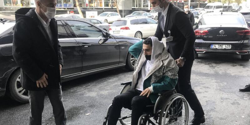 Abdülkadir Ömür İstanbul'a geldi