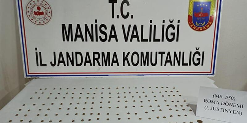 Manisa'da 166 parça tarihi eser ele geçirildi