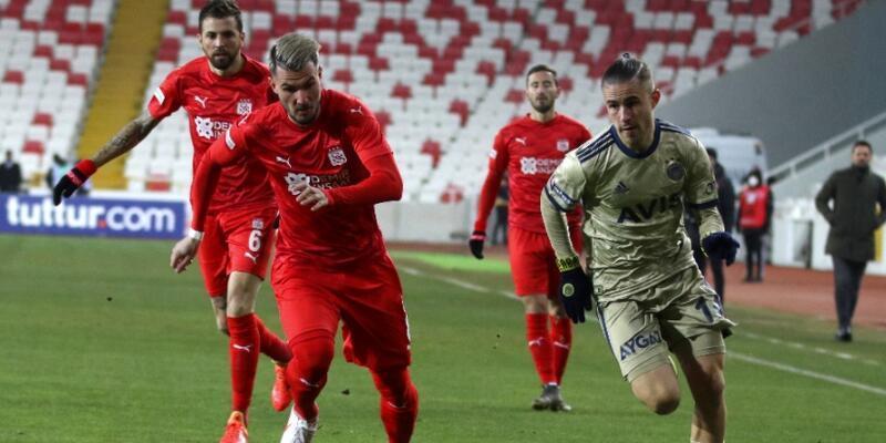 Fenerbahçe Sivas'ta puan bıraktı