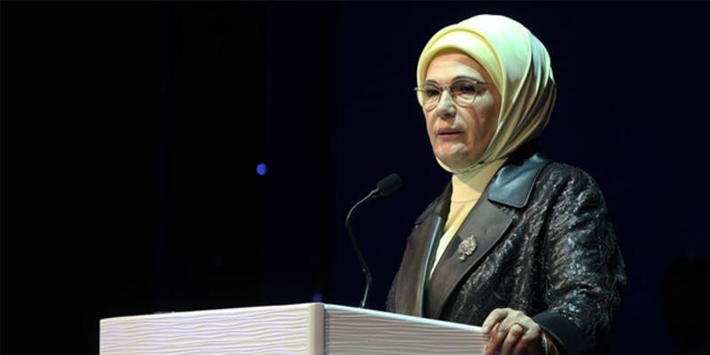"""Emine Erdoğan'dan """"yarıyıl tatili"""" paylaşımı"""