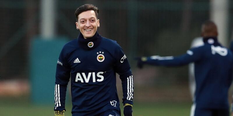 Mesut Özil'in imza töreninin tarihi açıklandı