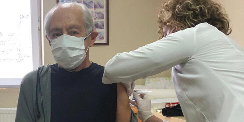 Genco Erkal koronavirüs aşısı oldu