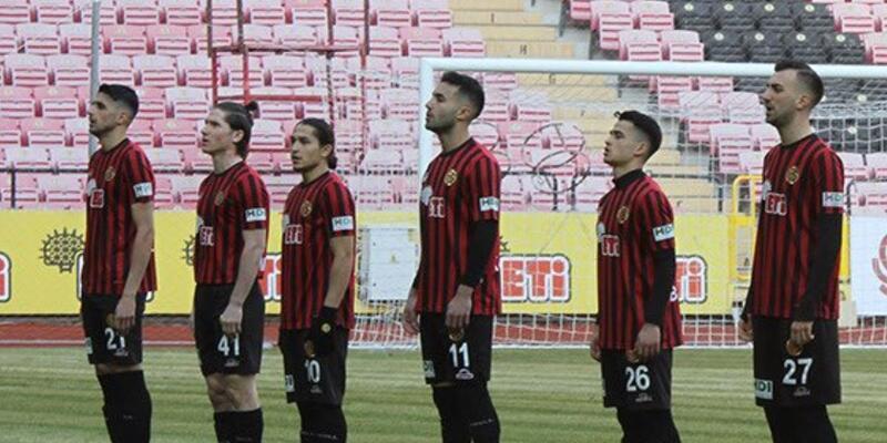 Eskişehirspor'da 11 transfer iptal edildi