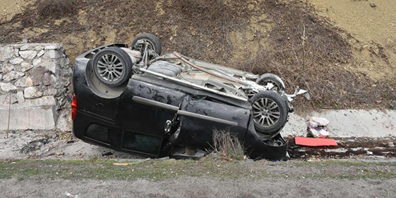 Çocuklarını askeri birliğe teslim eden aile kaza geçirdi: 3 ölü
