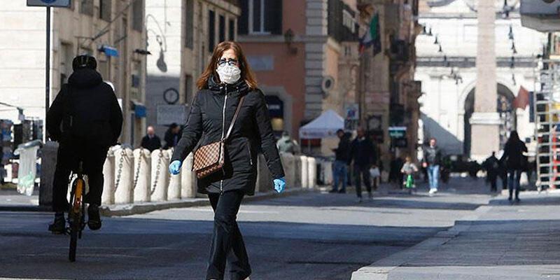 İtalya'da Kovid-19 salgınında günlük ölü sayısı düştü