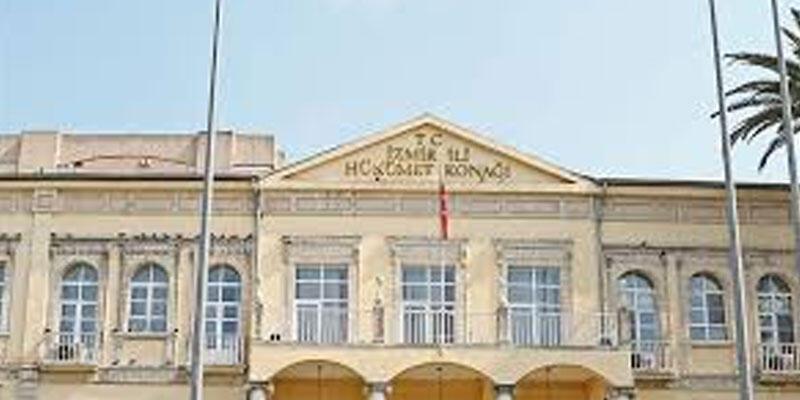 İzmir Valiliğinden çıplak arama iddialarına yalanlama