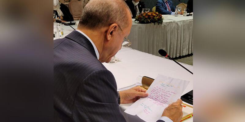 9 yaşındaki Sena, Cumhurbaşkanı Erdoğan'a sevgisini mektupla anlattı