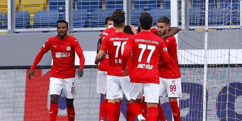 Kayode Süper Lig'de ilk kez gol attı