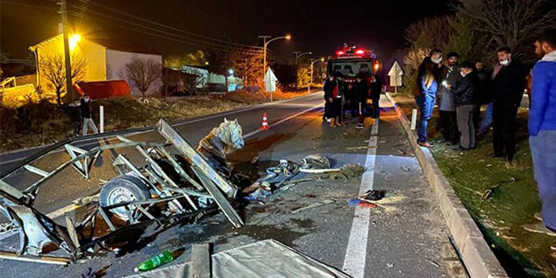 Otomobil at arabasına çarptı: 1 ölü