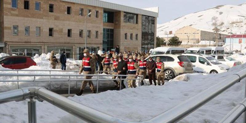 Bitlis'te terör örgütü PKK'ya yönelik operasyonda 5 kişi tutuklandı