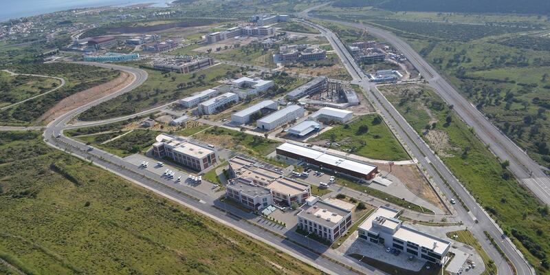 İzmir'in fay hattı nedeniyle yapı yasağı getirilen yeri neresi? İzmir Yüksek Teknoloji kampüsü taşınacak mı?