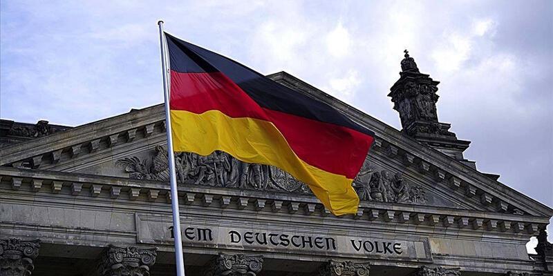 Alman hükümeti: Almanya'daki aşırı sağcılar, diğer ülkelerde aynı düşüncede olanlarla yakın temasta