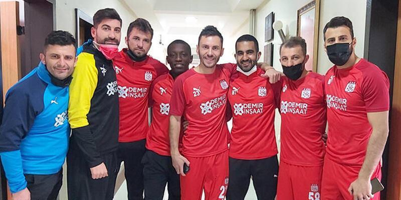 Son dakika... Sivasspor'da Goiano'nun sözleşmesi feshedildi