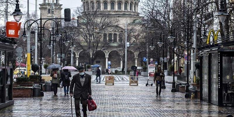 Bulgaristan tedbirleri gevşetiyor