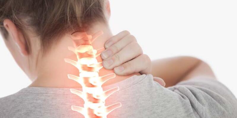 Hangi hareketler boyun ağrısına yol açıyor?
