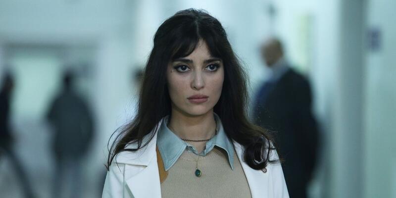 Bir Zamanlar Çukurova Müjgan kimdir, gerçek adı ne? Melike İpek Yalova kaç yaşında, hangi dizilerde oynadı?