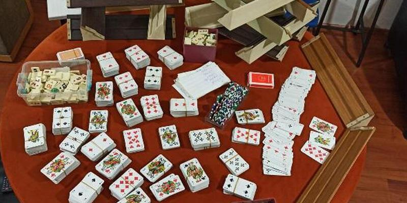 Evde kumar oynayan 4 kişiye para cezası