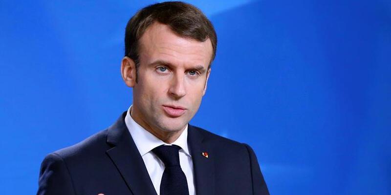 Fransa Cumhurbaşkanı Macron, Cezayirli mevkidaşı Tebbun ile görüştü